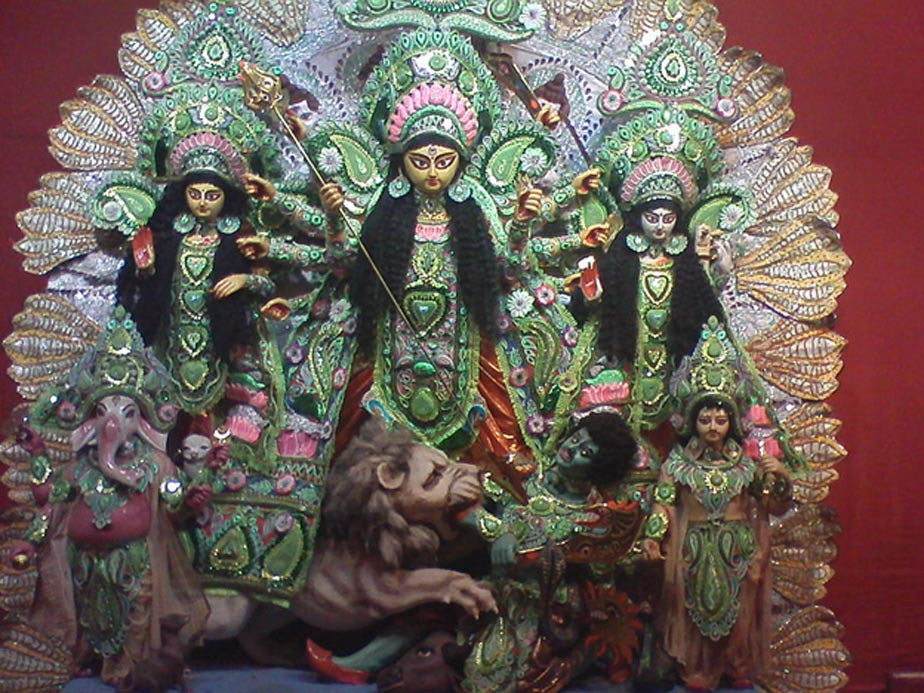 An idol of Durga flanked by her daughters and sons.