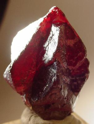 Cinnabar, a highly toxic brick-red sulfide mineral, was used in ancient elixirs in hopes of bringing eternal life. Interestingly, it resembles the ideal red 'Philosopher's Stone'.